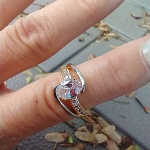 Women's marked 925 two tone crystal ring size 7
